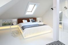 Attic Bedroom Designs, Attic Bedrooms, Bedroom Closet Design, Loft Room, Bedroom Loft, Bedroom Decor, Apartment Makeover, Attic Spaces, New Room
