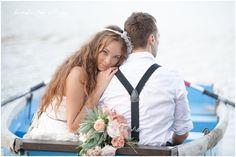 bohemian wedding inspiration_hippie wedding inspiration_wedding photos in canoe