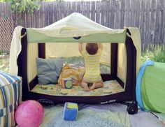 Shadow and playhouse for babies and todlers - DIY: remove one side of a travel baby bed