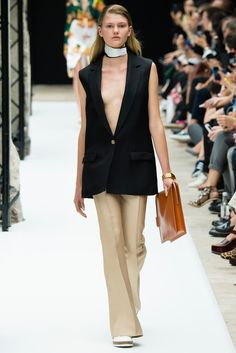 Acne Studios - Spring 2015 Ready-to-Wear - Look 1 of 34