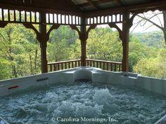 Doolittle Mountain Cabin - Hot Tub under Gazebo