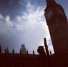 Taking a walk near Big Ben #photography #europe #uk #england #london #westminster #palace #bigben #clocktower #sky #travel