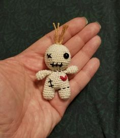 I made a pocket voodoo doll. Basic pattern in comments - crochet Doll Amigurumi Free Pattern, Doll Patterns Free, Crochet Patterns, Crochet Ideas, Diy Voodoo Dolls, Diy Doll, Voodoo Party, Voodoo Doll Tattoo, Pokemon