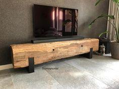 Stoer meubel van meerpaal en staal!