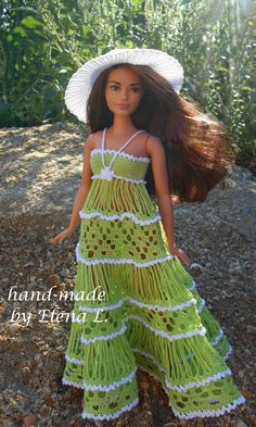 Irresistible Crochet a Doll Ideas. Radiant Crochet a Doll Ideas. Knitting Dolls Clothes, Crochet Barbie Clothes, Sewing Dolls, Knitted Dolls, Crochet Dolls, Accessoires Barbie, Manequin, Barbie Clothes Patterns, Barbie Dress