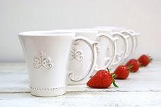 mugs and berries