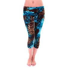 Super awesome Yoga Capri's perfect for Hot Yoga....and Ohhh sooo cute!!  (http://www.theonzie.com/capri-pant/)