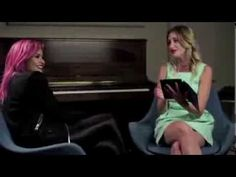 Demi Lovato answers fan questions and attempts an Australian accent on T...