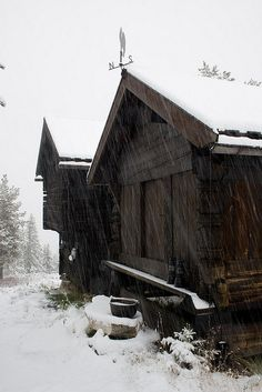 Snowy Cabins by Tealord, via Flickr