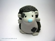 this would be cute to make out of polymer clay: