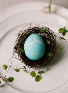 nest, easter egg project, diy calligraphy, diy easter egg escort cards, nest