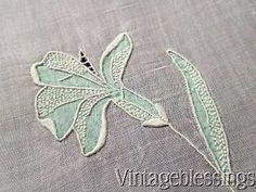 Exceptional-Vintage-MARGHAB-Organdy-Madeira-IRIS-Tray-Cloth