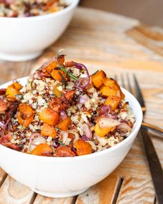 Sweet Potato and Bacon Quinoa is a great combination of flavors with the lightly caramelized onions, soft sweet potatoes and smoky bacon, all mixed in with fluffy quinoa and drizzled with a lemony mustard dressing. Use nitrate-free turkey bacon to serve 2 for Phase 1 (use 2 cups cooked quinoa, no oil) and Phase 3 (use 1 cup cooked quinoa).