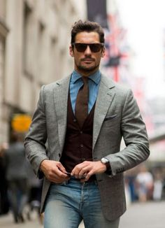 Chambray shirt and denim. Now that's Smart Casual Chambray shirt and denim. Now that's Smart Casual Mens Fashion Blog, Mens Fashion Suits, Look Fashion, Mens Suits, Suit Men, Hipster Fashion, Fashion Shirts, Fashion Rings, Mode Masculine