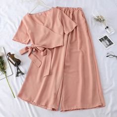 Women 2019 New Summer V Neck Suits Office Lady Korean Bandage Crop Tops Loose Long Pants Two Piece Sets Casual Slim Sport Suits Cute Casual Outfits, Pretty Outfits, Stylish Outfits, Casual Pants, Girls Fashion Clothes, Teen Fashion Outfits, Clothes For Women, Fashion Goth, Office Outfits Women