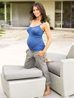 You Can Be Fit, Fabulous, and Pregnant: Samantha Harris' Secrets to a Fit Pregnancy... I'll be glad to know this one day.