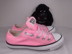 ebe1f1c0803274 Converse Chuck Taylor Ox Pink Athletic shoes size Men s 4 Wo s 6  Converse   RunningCrossTraining