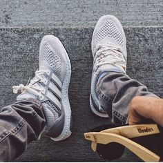 Lit Shoes, Fresh Outfits, Runners, Sick, Adidas Sneakers, Fashion, Shoes, Hallways, Moda
