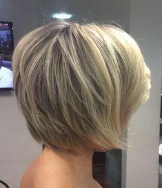 Short bob hairstyles,short layered hairstyles,haircuts ,short bob curl hairstyle ideas #shorthairstyle #hairstyle #bobhair