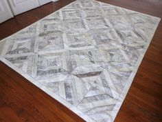 COWHIDE PATCHWORK RUG - WHITE GREY GRAY COW SKIN HIDE HIDES SKINS LEATHER CARPET RUGS