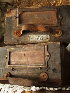 Old drawers ~ I'm in heaven...C.