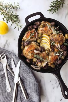Skillet Roasted Chicken Thighs with Rosemary, Lemon and Olives // @tastyyummies // www.tasty-yummies.com
