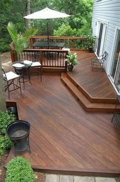 See these spectacular ideas for sun decks. These multifunctional outdoor living spaces can be used for relaxing and entertaining. Cozy Backyard, Backyard Pergola, Pergola Kits, Pergola Ideas, Pergola Roof, Covered Pergola, Outdoor Decking, Deck Landscaping, Deck Patio
