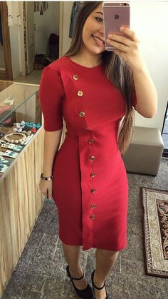 Simple Dresses, Casual Dresses, Dresses For Work, Formal Dresses, African Fashion Dresses, African Dress, Trend Fashion, Fashion Outfits, Midi Dress Work