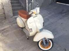 VESPA P200e