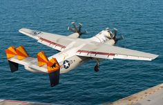January 6, 2016, at the controls of a C-2A Greyhound, an American crew conducted a series of landings on the aircraft carrier Charles de Gaulle.   The nine landings and the series of touch-and-go (or lay-off maneuvers) made allowed three American pilots to practice landing on the French aircraft carrier.