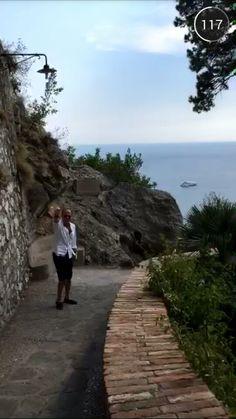Em Capri só à pé...