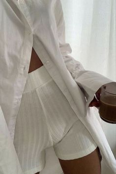 Lounge Outfit, Lounge Wear, Lounge Shorts, Summer Outfits, Cute Outfits, Neutral Outfit, New People, Everyday Fashion, Spring Summer Fashion