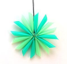 Drinking straw star - inexpensive, fun and easy - fun kids craft, and they even learn how to use a needle and thread!