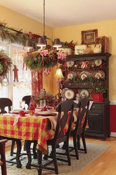 30 Christmas Decorating Ideas To Get Your Home Ready For The Holidays - http://freshome.com/2012/12/12/30-christmas-decorating-ideas-to-get-your-home-ready-for-the-holidays/
