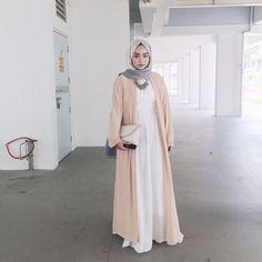 Hijab Pastel Outfit Ideas For This Fall Tesettür Tunic Islamic Fashion, Muslim Fashion, Modest Fashion, Girl Fashion, Fashion Outfits, Fashion Photo, Fashion Fashion, Hijab Outfit, Hijab Dress
