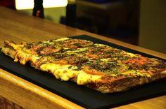 Matambre a la pizza tiernizado en leche Steak Recipes, Pizza Recipes, My Recipes, Cooking Recipes, Argentina Food, Food Tasting, Healthy Cooking, Vegetable Pizza, Quiche