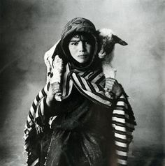 Irving Penn: Peruvian child, 1948.