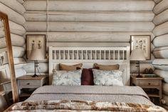 Стремясь к естественности и традиционности, дизайнеры студии I.D. interior design смогли создать уютный интерьер загородного деревянного дома с явным намеком на скандинавский стиль.