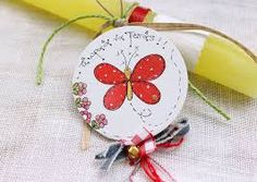 Αποτέλεσμα εικόνας για πασχαλινες λαμπαδες χειροποιητες About Easter, Easter Crafts, Easter Ideas, Decorative Plates, Christmas Ornaments, Holiday Decor, Creative Things, Book Markers, Cards