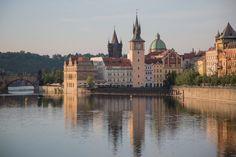 Praag tips en informatie. Alles over Praag zoals bezienswaardigheden, eten, vervoer en reisinformatie vind je op deze Praag pagina
