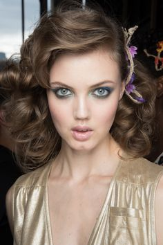 Hair & makeup. || Diane von Furstenberg Spring 2016 Ready-to-Wear Fashion Show Beauty