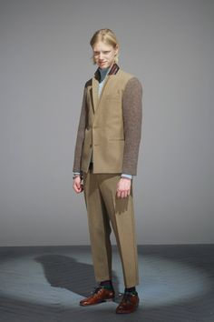 [No.1/47] UNDERCOVERISM 2012-13秋冬コレクション | Fashionsnap.com