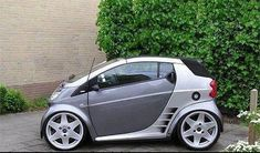 What mods can I do to a smart car to make it go from 0 to 60 in under 7 seconds? Automotive Rims, Automotive Design, Mercedes Smart, Smart Brabus, Homemade Go Kart, Smart Roadster, Microcar, Smart Fortwo, Car Mods