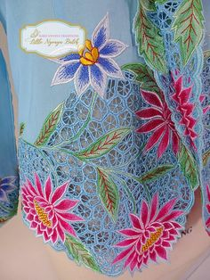 Size L: High Quality Peranakan Nyonya Kebaya. Flower motif | Etsy Border Embroidery Designs, Cutwork Embroidery, Embroidery Suits Design, Hand Embroidery Stitches, Embroidery Fashion, Embroidery Dress, Machine Embroidery, Cutwork Saree, Dress Painting