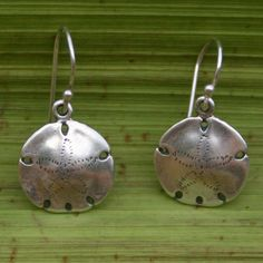 Must have! Sand Dollar Earrings