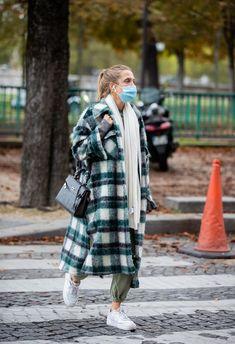 Milan Fashion Week Street Style, Spring Street Style, Street Chic, Paris Fashion, Winter Fashion, Paris Street, Moda Paris, Sport Chic, Pullover