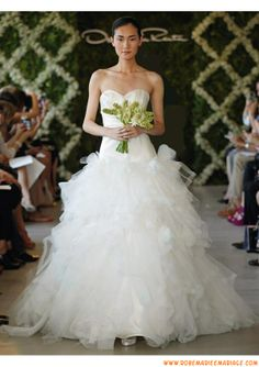 Belle robe de mariage blanche 2013 magnifique A-line drapé organza