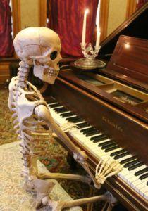 Great Skeleton Halloween Decorations