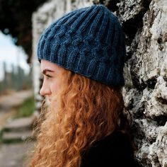 Shannon Aran Beanie Pattern A cable-knit unisex beanie knit kit ideal for beginner and intermediate knitters. The ribbing on this beanie and the quality of the Irish yarn makes it stretchy and allows for a comfortable fit. Beanie Knitting Patterns Free, Knitting Kits, Beanie Pattern, Loom Knitting, Knitting Designs, Knitting Projects, How To Start Knitting, Knitting For Beginners, Aran Jumper