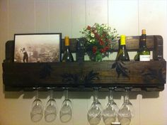 Easy to Create Pallet Wood Wine Rack